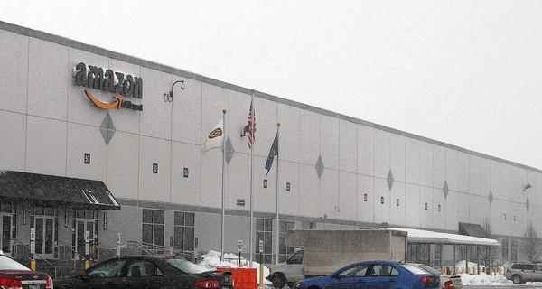 Amazon ปิดการดำเนินงานคลังสินค้าในเมือง Macungie ห่วงหลังคาถล่มจากหิมะตกหนัก